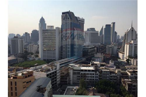 RE/MAX Properties Agency's Hyde Sukhumvit 13 For-Sale condo,Bangkok 4
