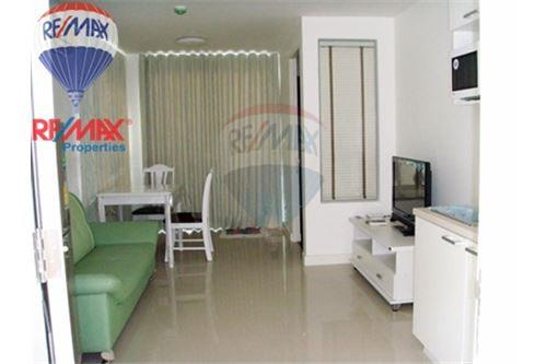RE/MAX Properties Agency's FOT RENT The Clover Thonglor 1BED 37SQM. 2