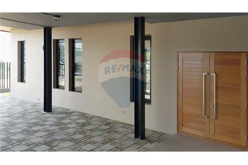 "RE/MAX Executive Homes Agency's ""Baan Bangkok""  7.75M in Baan Melanie plot K-5A 10"