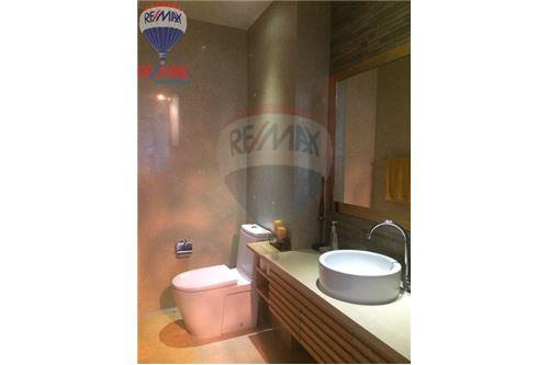 RE/MAX Properties Agency's FOR SALE & RENT The Madison 2BED 152SQM. 20