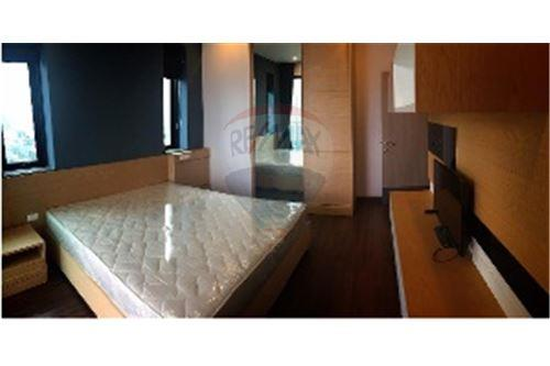 RE/MAX Executive Homes Agency's Nice 2 Bedroom for Rent Supalai Premier @ Asoke 2