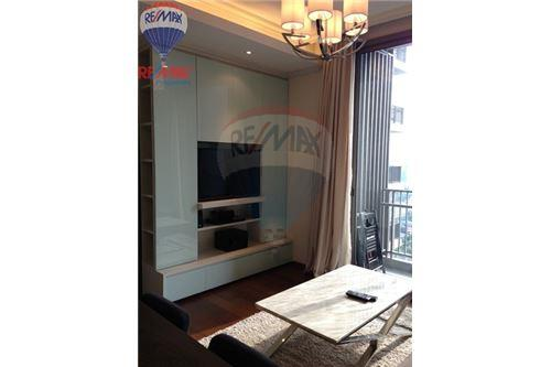 RE/MAX Properties Agency's FOR RENT Quattro by Sansiri 1BED 53SQM. 2