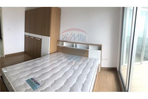 RE/MAX Executive Homes Agency's Nice 2 Bedroom for Sale Supalai Ekamai Thonglor 3