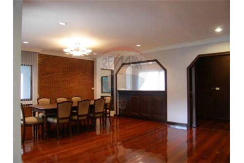 RE/MAX Executive Homes Agency's Single House with Big Garden in Thonglor 1