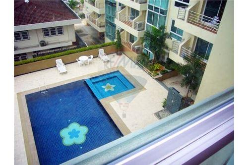 RE/MAX Properties Agency's 2Bedroom for sale at Serene Place 9.2MB Phromphong 12