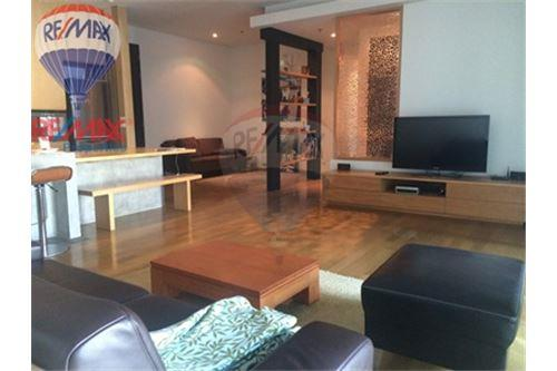 RE/MAX Properties Agency's FOR SALE & RENT The Madison 2BED 152SQM. 1