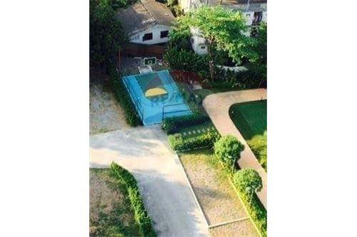 RE/MAX Properties Agency's for rent 1bedroom Vista Garden 12