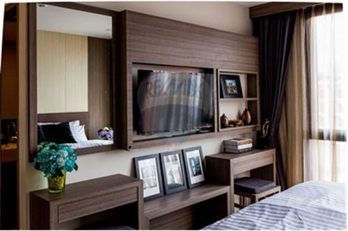 RE/MAX Properties Agency's Beautiful unit 2 bedroom for Rent at Art@Thonglor 1