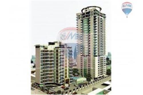 RE/MAX Properties Agency's Condominium For Sale At Baan Siri 24, Khlong Toei, Bangkok 2