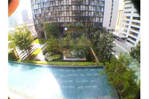 RE/MAX Executive Homes Agency's Nice 1 Bedroom for Rent Noble Phloenchit 8