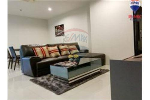 RE/MAX Properties Agency's FOR RENT Royal Navin Tower 2BED 148SQM. 5