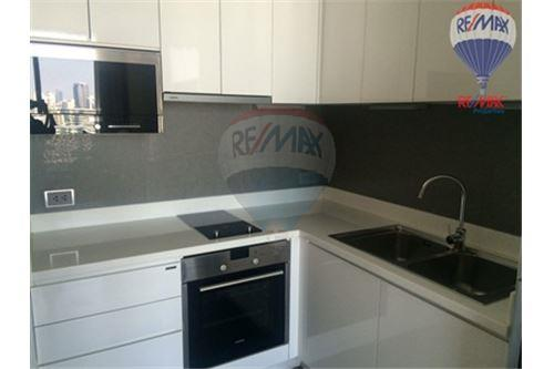 RE/MAX Properties Agency's AEQUA Residence Sukhumvit 49 Condos for sale/rent 5