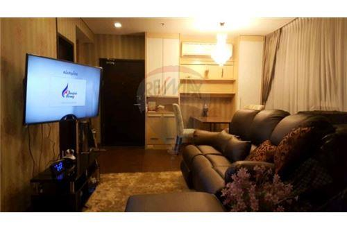 RE/MAX Executive Homes Agency's Nice 1 Bedroom for Sale Le Luk 2