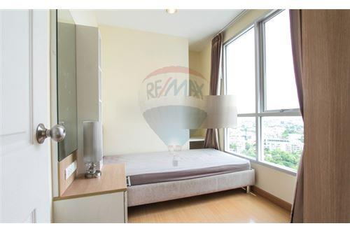 RE/MAX Executive Homes Agency's Nice 2 Bedroom for Rent Life Sukhumvit 65 4