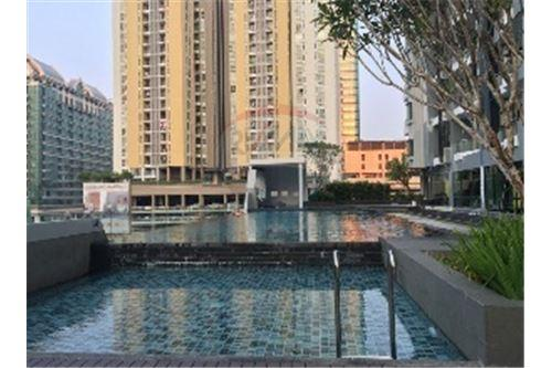 RE/MAX Executive Homes Agency's Nice 2 Bedroom for Rent Supalai Premier @ Asoke 5