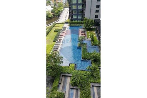 RE/MAX Properties Agency's 1 BED FOR SALE @ The Base Sukhumvit 77 11