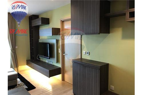 RE/MAX Properties Agency's RENT Siri at Sukhumvit 1BED 51SQM. 6