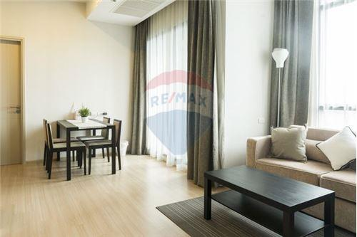 RE/MAX Executive Homes Agency's Nice 2 Bedroom for Sale Capital Ekamai Thonglor 6