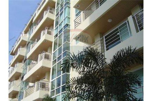 RE/MAX Properties Agency's 2bedrooms nice view Serene Place Sukhumvit 24 5