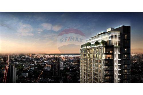RE/MAX Properties Agency's SALE The ESSE Sukhumvit 36 2BED 77SQM. 3