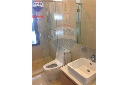 RE/MAX Properties Agency's FOR RENT Q Asoke 2BED 46SQM. 12