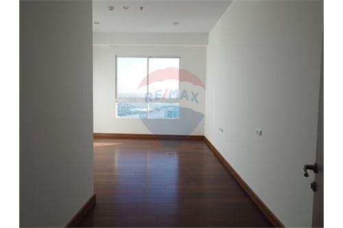 RE/MAX Properties Agency's RENT Supalai Prima Riva 4BED 355.55SQM. 17