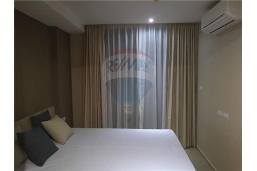 RE/MAX Executive Homes Agency's Nice 2 Bedroom for Rent Klass Silom 2