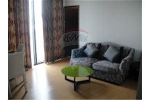 RE/MAX Executive Homes Agency's Nice 1 Bedroom for Rent The Alcove Thonglor 1
