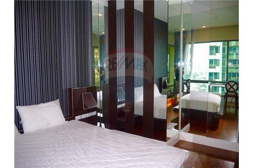 RE/MAX Properties Agency's Sale 3beds Duplex @Bright Sukhumvit 24 10