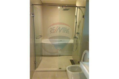 RE/MAX Executive Homes Agency's Spacious 1 Bedroom for Rent Ivy Thonglor 6