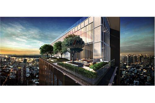 RE/MAX Properties Agency's SALE The ESSE Sukhumvit 36 2BED 77SQM. 4