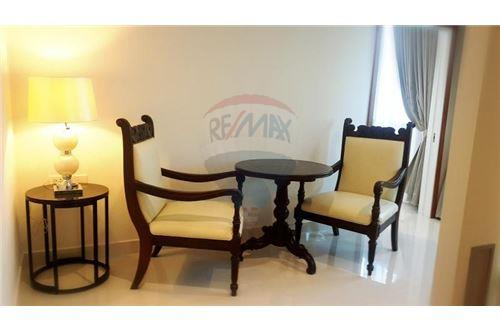 RE/MAX Properties Agency's UR thonglor soi 13 - condo for rent 7