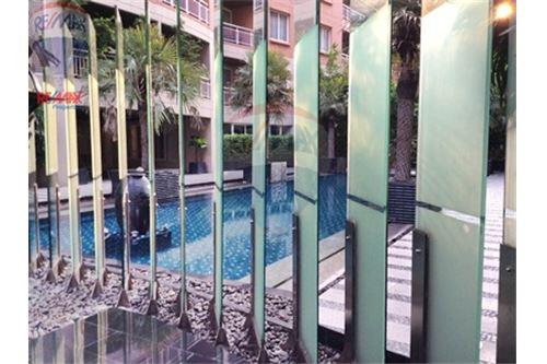 RE/MAX Properties Agency's FOR RENT   THE RISE SUKHUMVIT 39    2 BED 102SQM 15