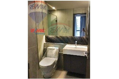 RE/MAX Properties Agency's Condo for  Rent The Lumpini 24 12