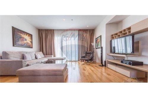 RE/MAX Executive Homes Agency's Beautiful 3 Bedroom for Sale Millennium Residence 2