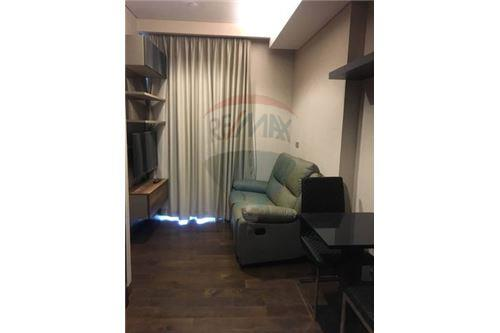 RE/MAX Executive Homes Agency's Cozy 1 Bedroom for Rent Lumpini 24 1