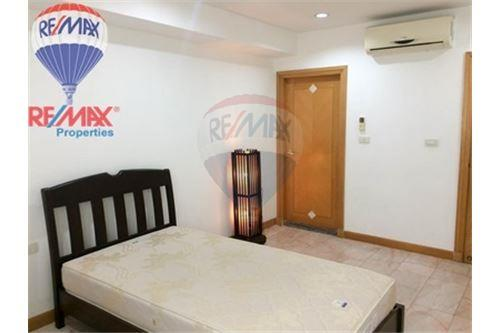 RE/MAX Properties Agency's FOR RENT Royal Castle 3BED 160SQM. 10