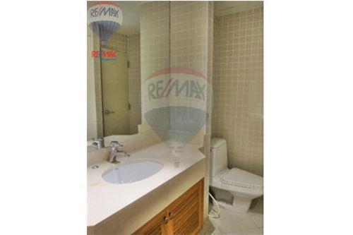 RE/MAX Properties Agency's Langsuan ville - Condos for rent , Bangkok 12