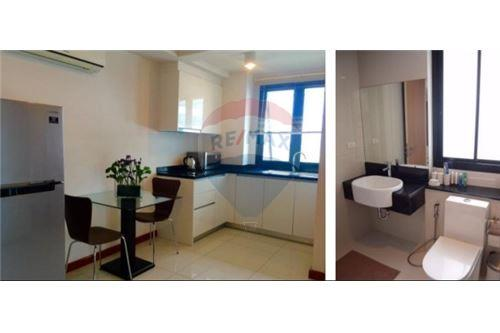 RE/MAX Executive Homes Agency's Spacious 1 Bedroom for Rent Le Cote Thonglor 4