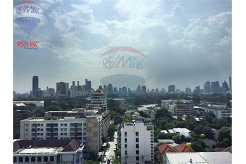 RE/MAX Properties Agency's FOR SALE  LA MAISON SUKHUMVIT 22  4BED 311SQM 5