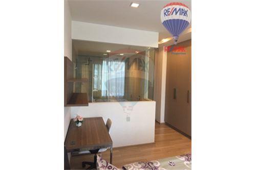 RE/MAX Properties Agency's Condo for Rent, Sukhumvit - Baan Siri Sukhumvit 10 7