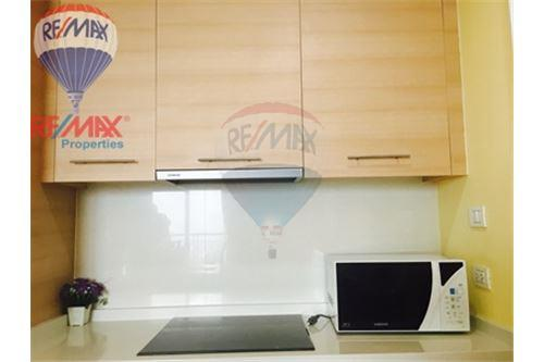 RE/MAX Properties Agency's FOR RENT Aguston Sukhumvit 22 2BED 82SQM. 3