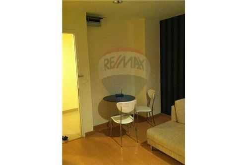 RE/MAX Executive Homes Agency's 1 Bedroom for Rent at life @ Sukhumvit 65 6