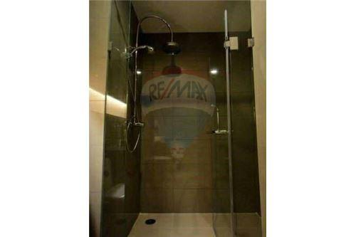 RE/MAX Executive Homes Agency's 15 Sukhumvit Residences / 2 Bedroom / for Rent 8