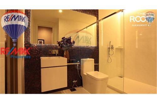 RE/MAX Properties Agency's FOR SALE The Room Sukhumvit 69 2BED 80SQM. 5