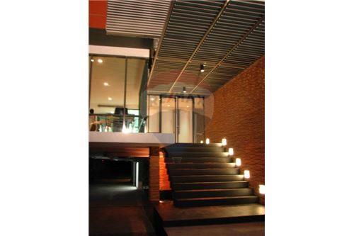 RE/MAX Properties Agency's RENT Click Condo Sukhumvit 65 1BED 35SQM. 5