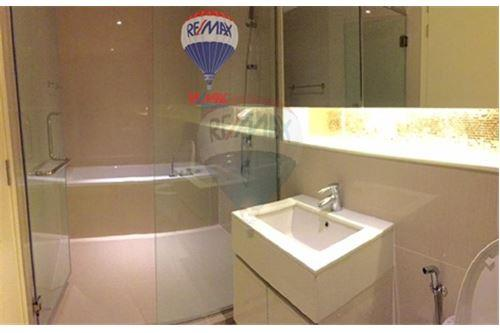 RE/MAX Properties Agency's FOR SALE  H SUKHUMVIT 43  1BED 47.25SQM 11