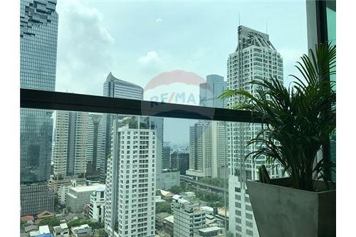 RE/MAX Executive Homes Agency's The Address Sathorn sale/rent 7