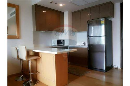 RE/MAX Executive Homes Agency's Spacious 1 Bedroom for Rent Siri @ Sukhumvit 9