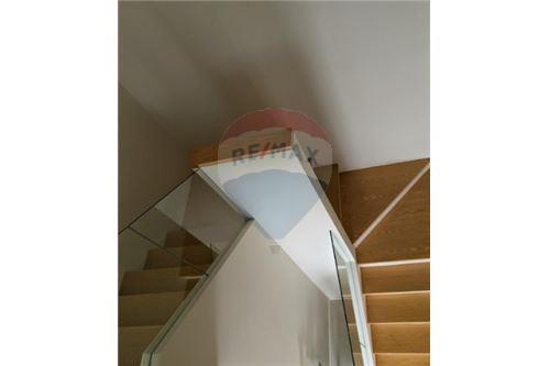 RE/MAX Executive Homes Agency's Spacious 1 Bedroom for Sale Villa Asoke 7